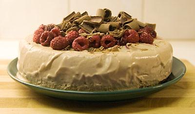 Mjölchokladtårta med hallon