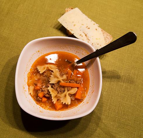 Köttfärssoppa med pasta