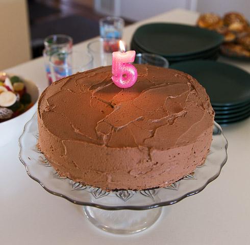 5-årstårta med chokladkräm