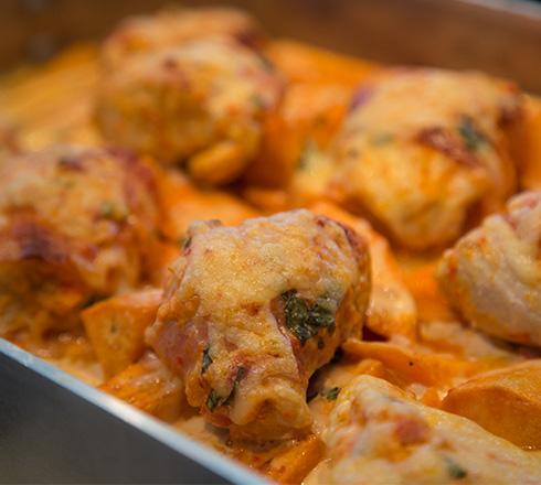 kycklinggratäng och sötpotatis
