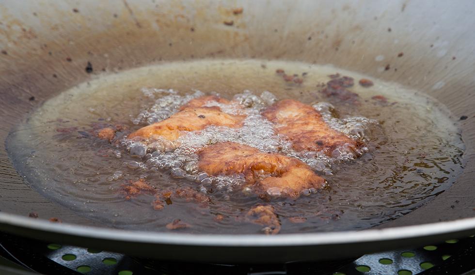 Fish&Chips friterade i wokpanna