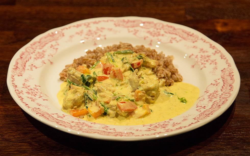 Tonfisk i currysås med ris