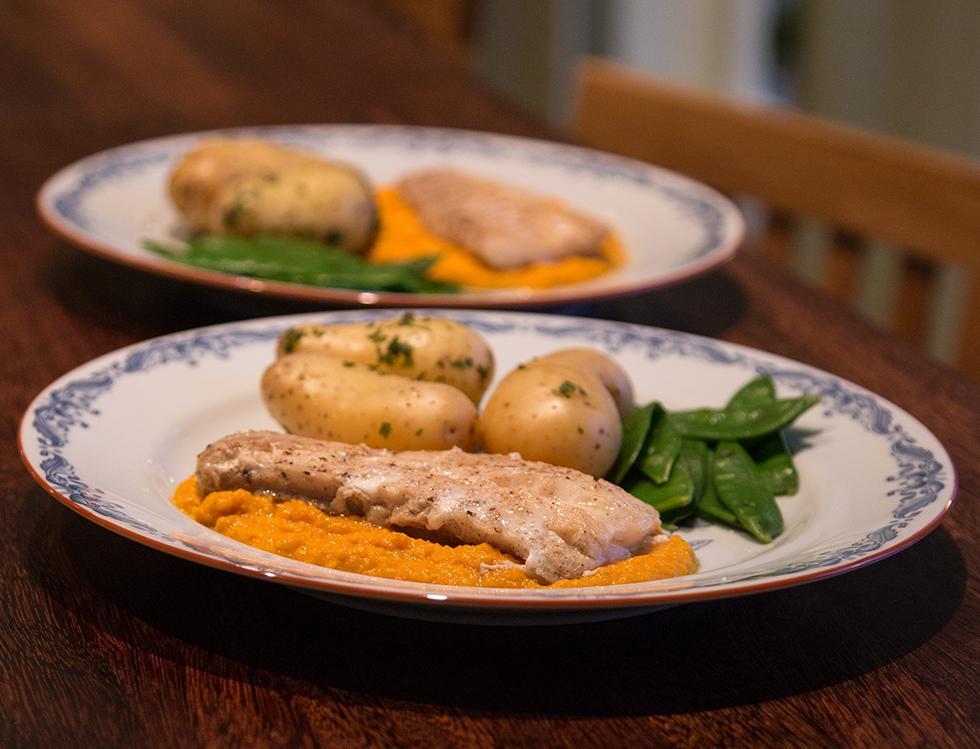 Torskfilé med morotspuré gjord på brynt smör