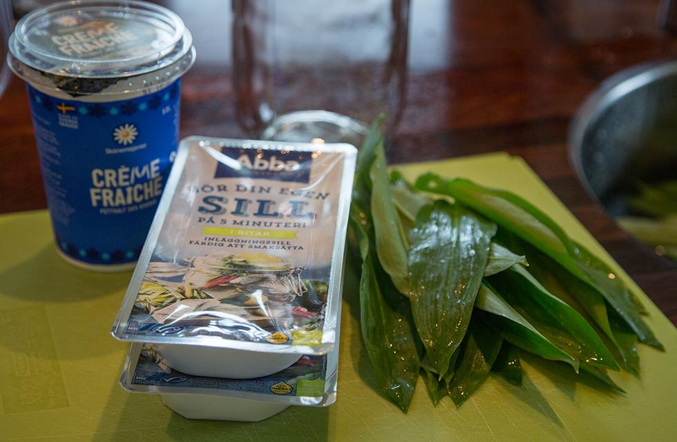 Ingredienser till ramslökssill