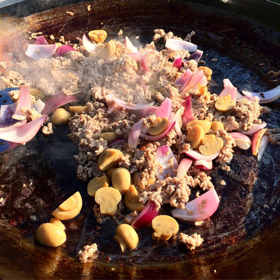 Ginger Pork Wok serverad med ris