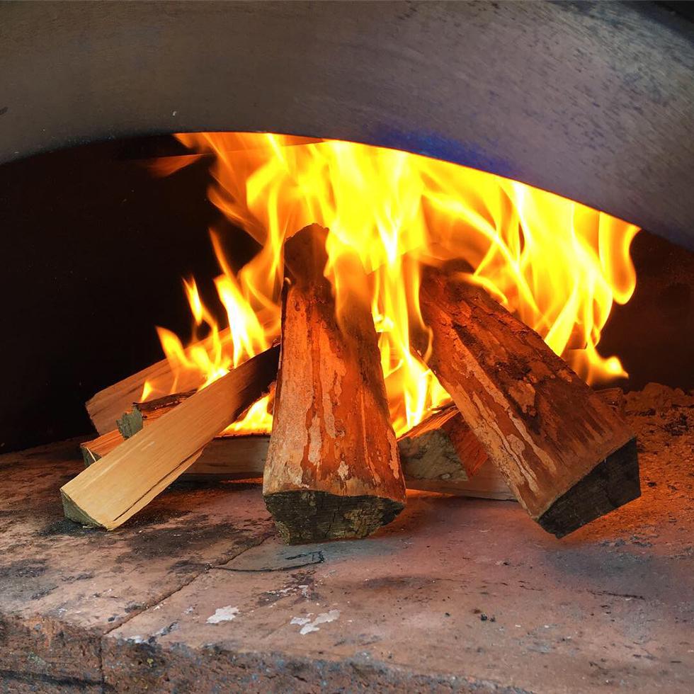 Värma upp pizzaugnen