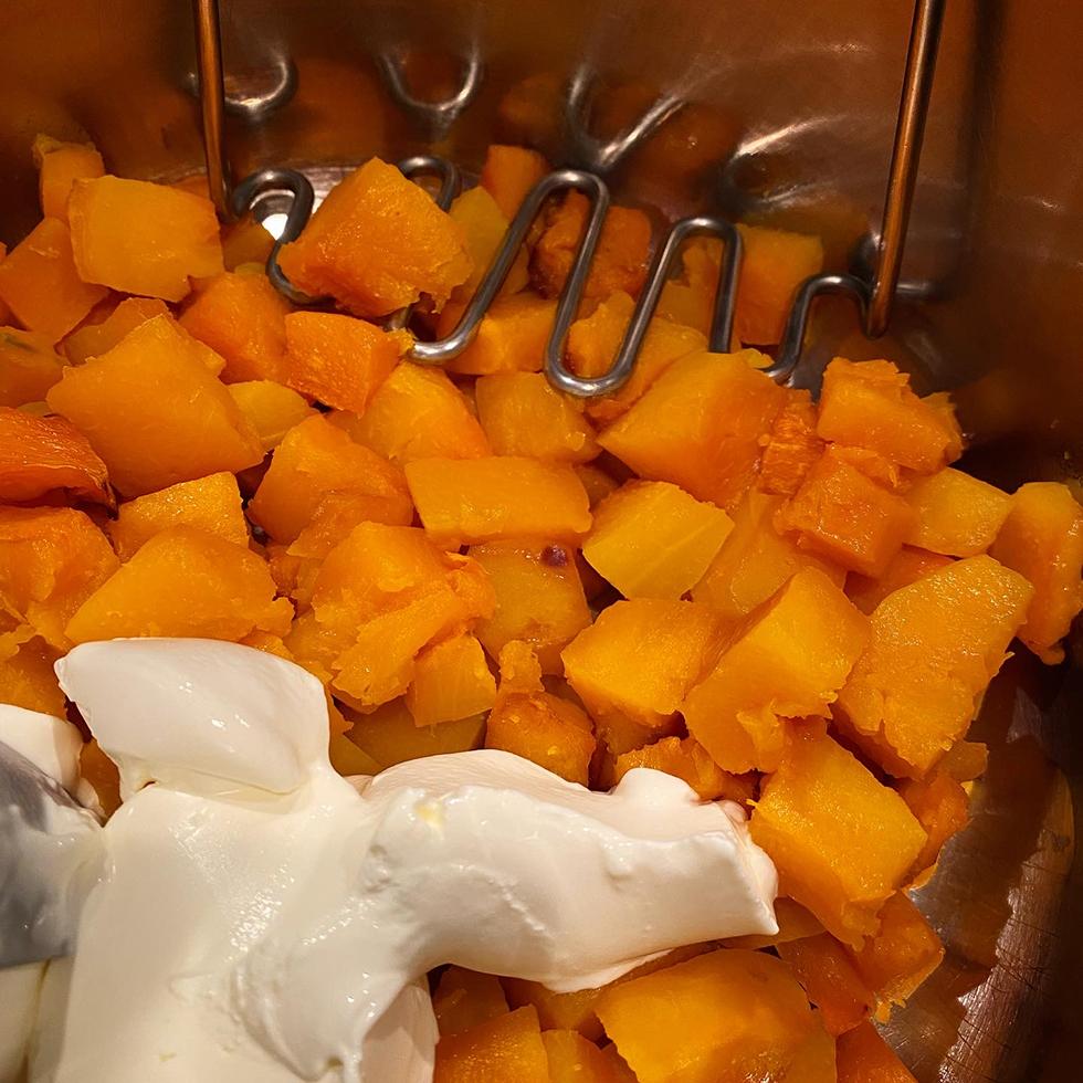 Sous vide ankbröst med pumpapuré, apelsinsås och sotad savojkål