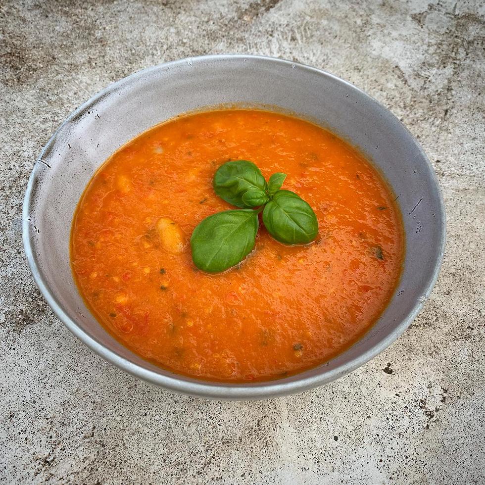 Rostad tomatsoppa med bönor